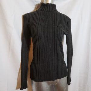 Poute medium turtleneck sweater
